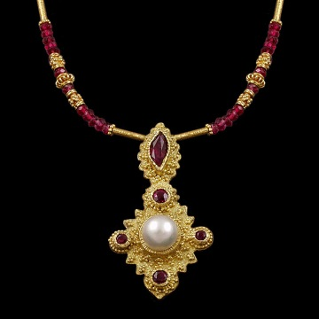 Pearl & Rubies in Granulation